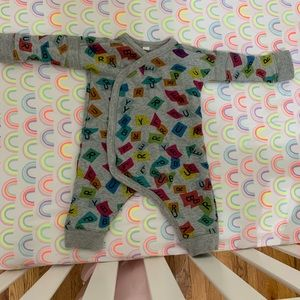 172ab56fb4849 9 month Burberry confetti jumper worn 1 time only